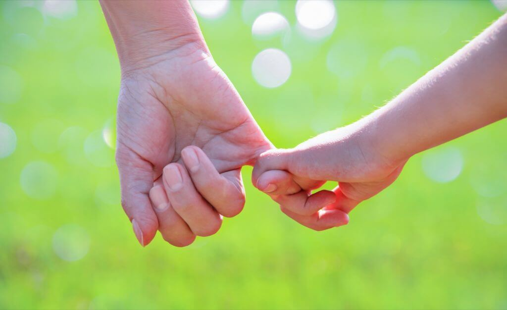 Who gets child custody when unmarried couples split up